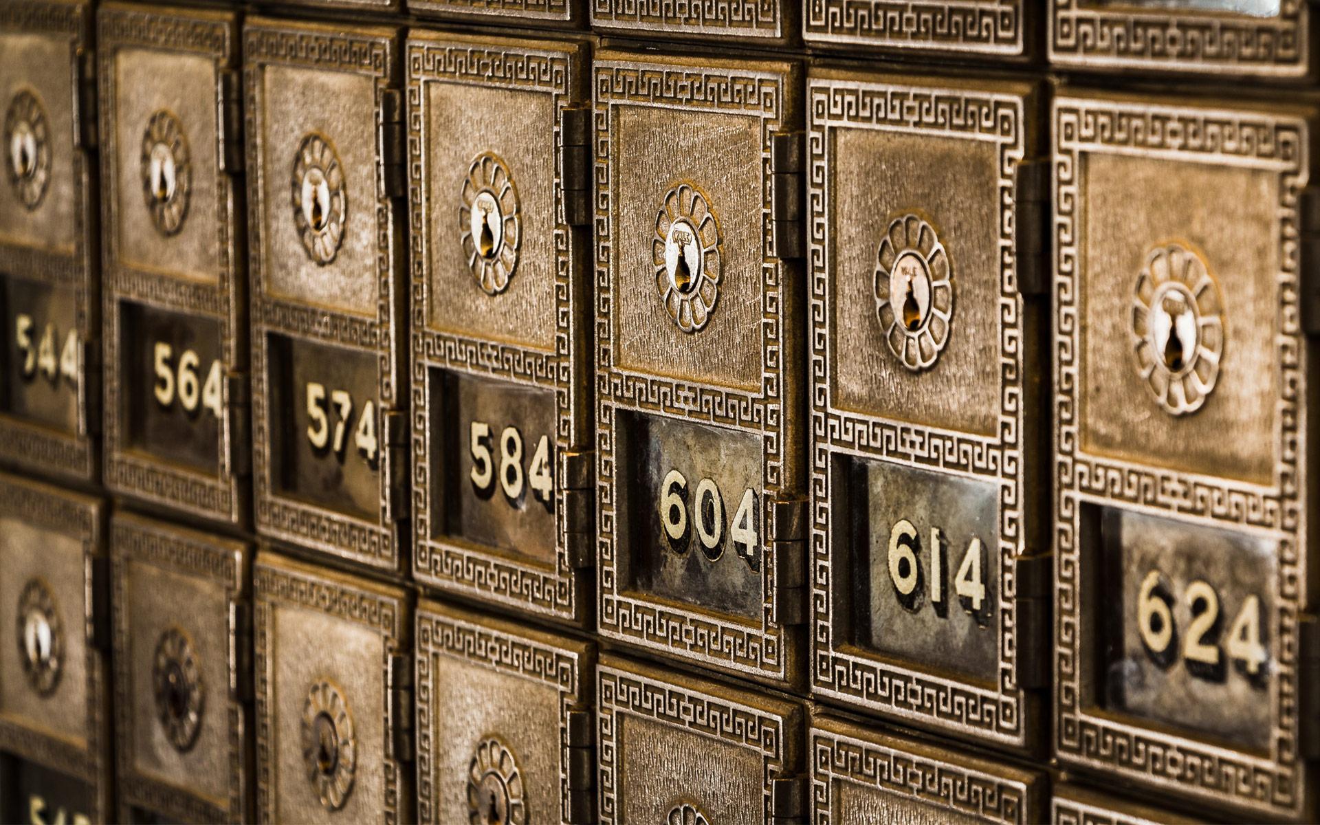 Standout-Image-Safe-deposit-boxes